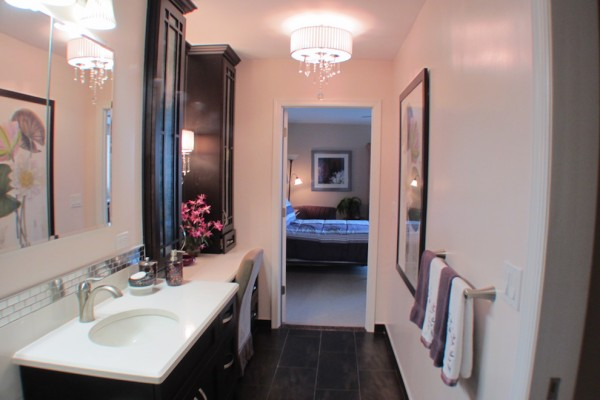 S Line Bathroom